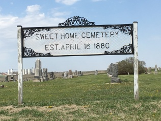 IMG_2365-typical cemetery