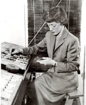 Carolyn Hammer